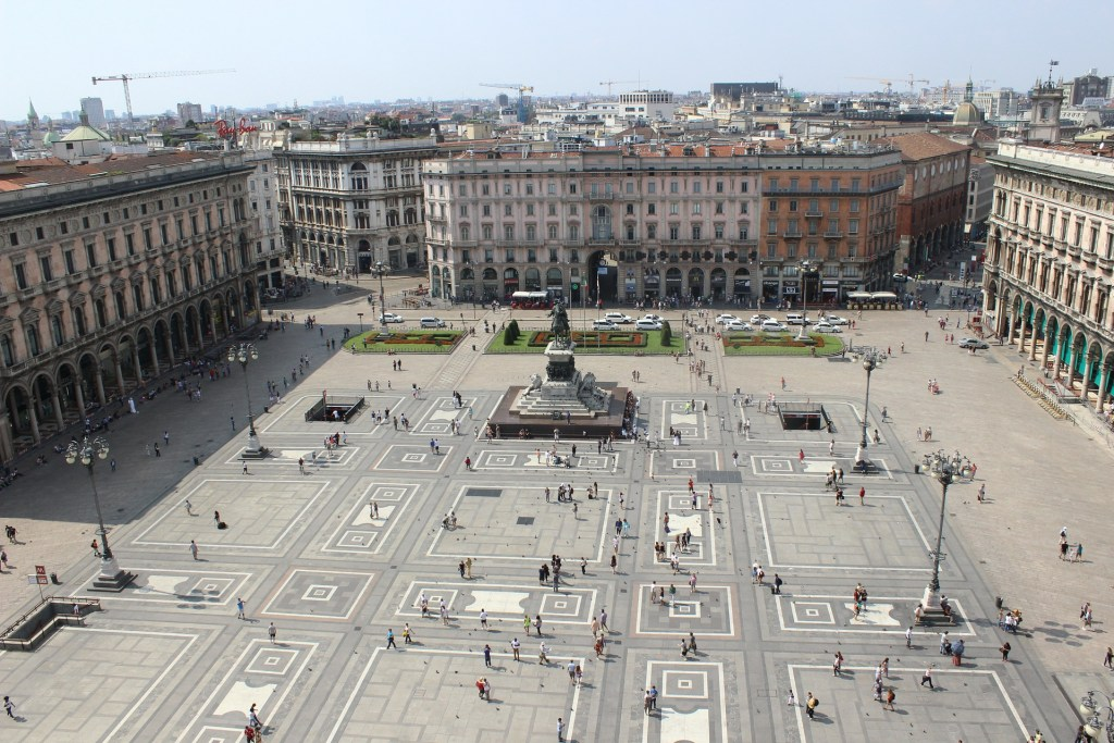 Itinerari da scoprire a Milano terrazza Duomo