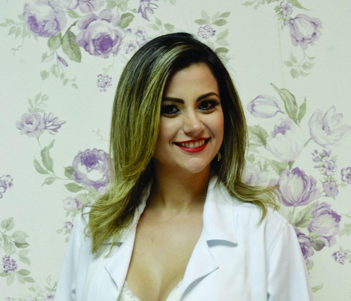 Sobre a Dr. Pollyana Cirino