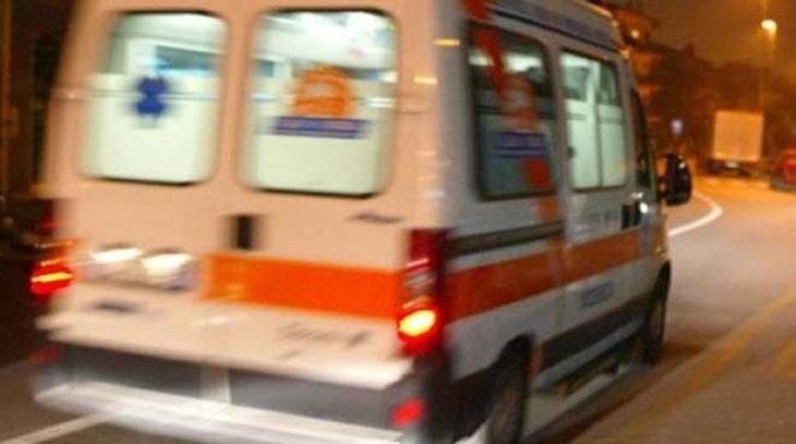 Ambulanza e ferito da soccorrere