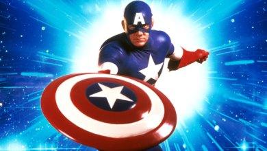 """Foto de Capitão América: O filme dos anos 90, e a """"cara"""" do novo Caveira Vermelha! (Nostalgia)"""