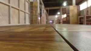 Portas de madeira macica externas sob medida
