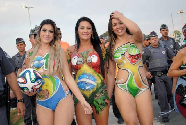 Em 2014, as Musas das Torcidas roubaram a cena na frente do Itaqueirão, em SP - Foto arquivo: Divulgação