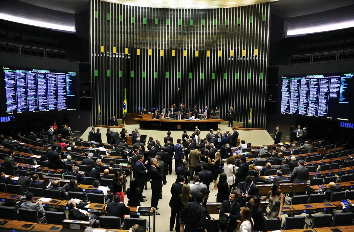 Câmara dos Deputados discute regulamentação do serviço de praticagem