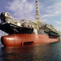 Petrobras prevê 10 plataformas de produção no Campo de Búzios