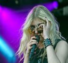 "The Pretty Reckless confirma data de lançamento do álbum ""Death By Rock and Roll"""