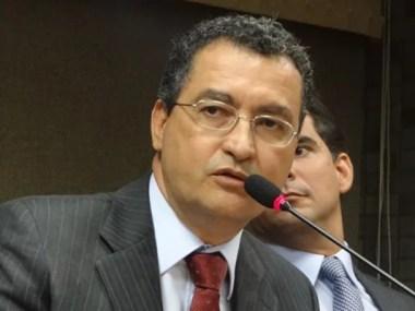 Governador convoca empresarios contra Aedes