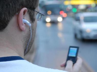 Pesquisa: adolescentes pode ter perda auditiva