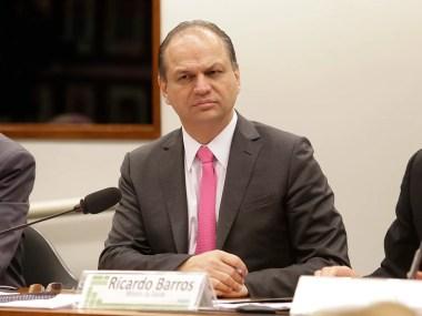 Ministro apresenta gestão a deputados