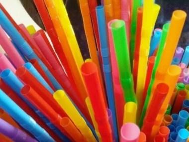 Sancionada a lei que proíbe o uso de canudos plásticos em São Paulo