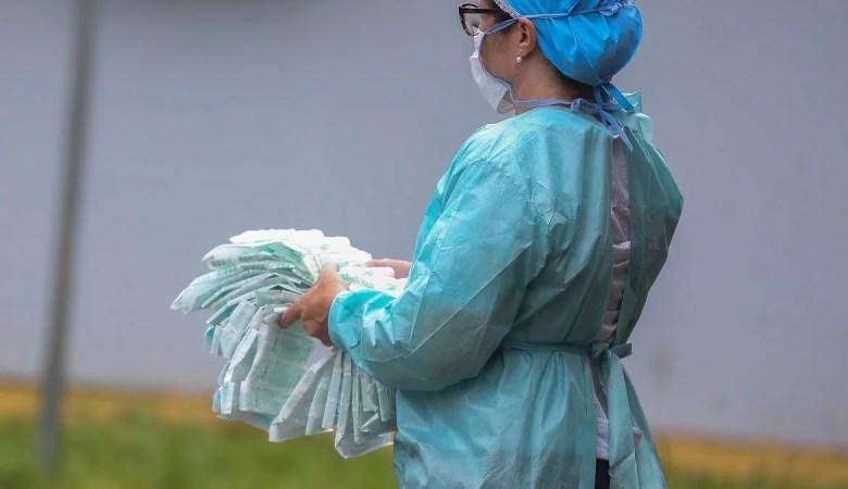 Câmara aprova projeto que cria cartão de vacinação online pelo SUS