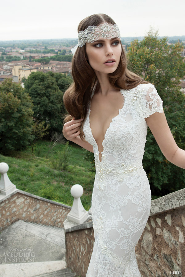 berta-wedding-dresses-fall-winter-2014-lace-gown