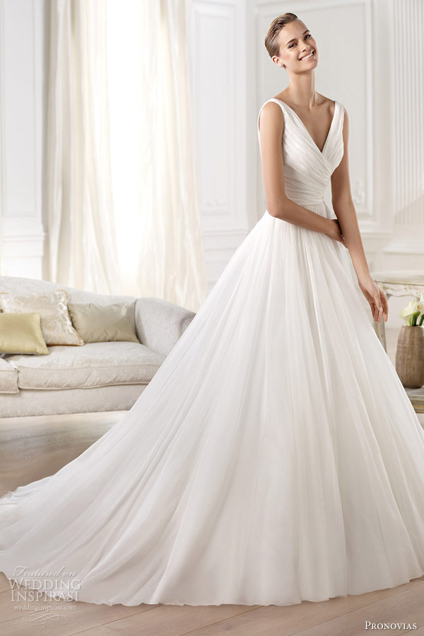 14-pronovias-wedding-dresses-2014-atelier-yesel-sleeveless-princess-ball-gown