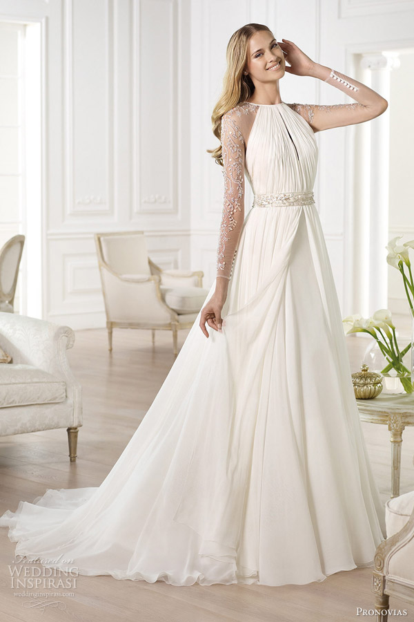 22-pronovias-2014-atelier-bridal-collection-yajaida-long-sleeve-wedding-dress