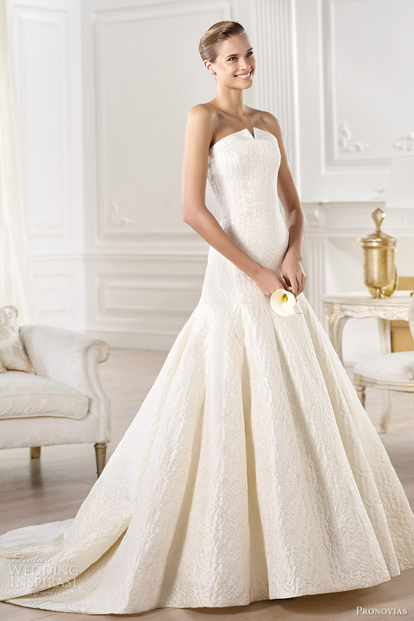 7-pronovias-atelier-wedding-dresses-2014-yenilet-strapless-gown