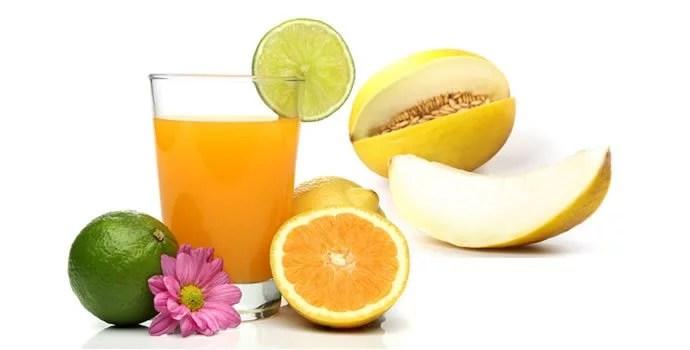 suco de laranja, melao e limao