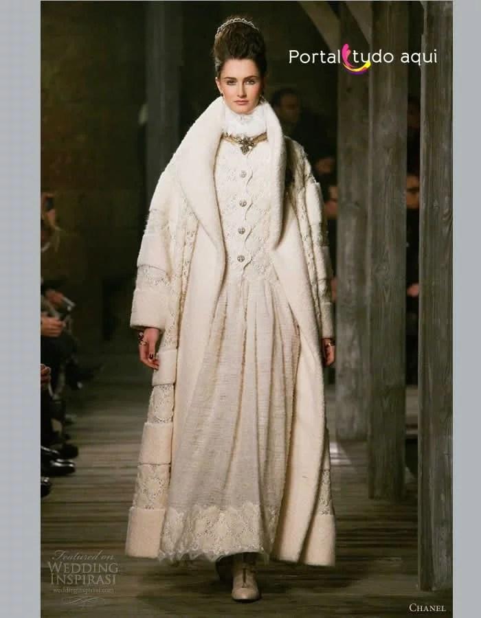 vestido-de-noiva-inverno-2015-2016-longo-com-capa-manto