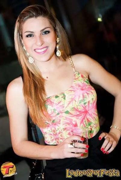 A belíssima Ane Caroline Fernandes