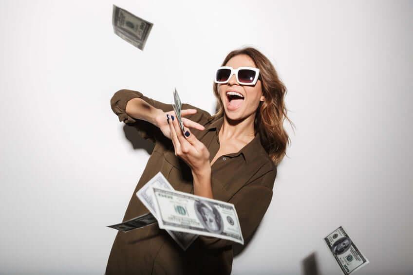 zuinig, besparen, investeren, investering, porterenee, meer verdienen, meer inkomen, delegeren, uitbesteden