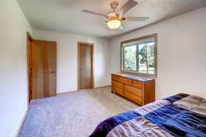 775 Northwoods Dr E Woodland-small-011-16-Master Bedroom-666x445-72dpi