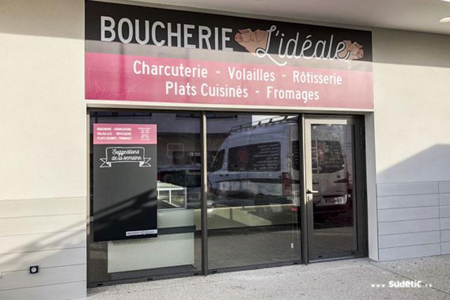 Enseigne et ardoisine adhésive de la Boucherie l'Idéale par SUDETIC