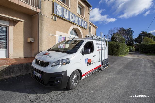 Décoration Peugeot Expert Stores Salvador par SUDETIC