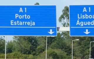 A1 motorway Porto Lisbon sign