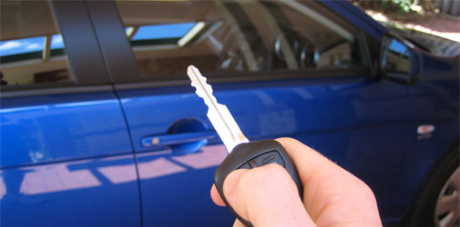 Electronic car key jamming