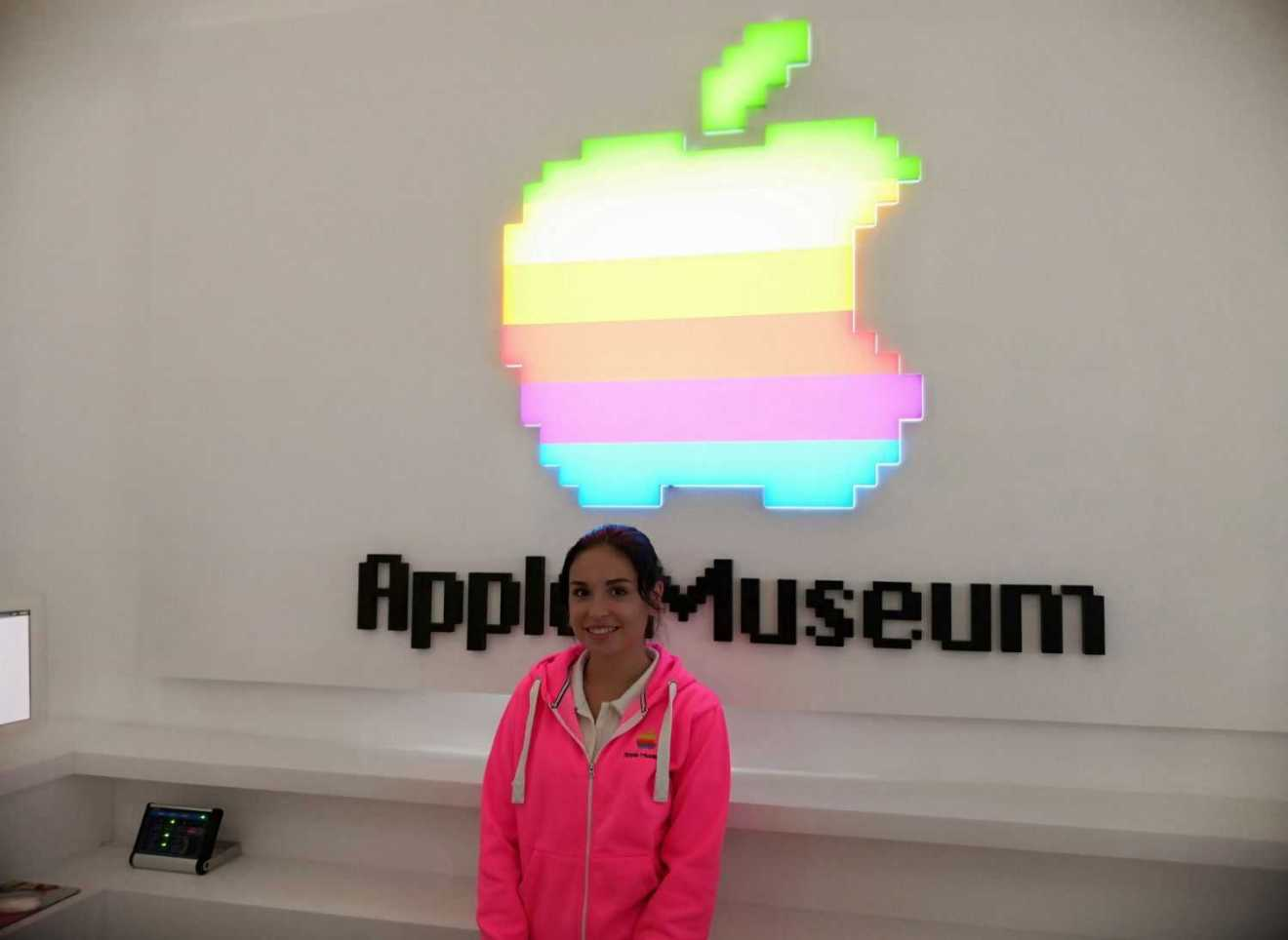 Apple Museum Prague 1 - Posjetili smo Apple Museum u Pragu i vidjeli prototip prvog iPhone mobitela