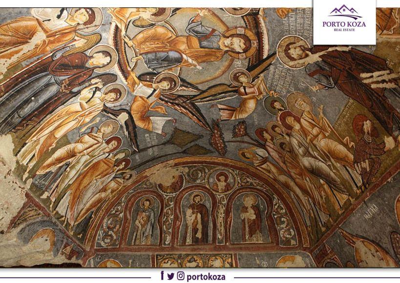 كنيسة كاباكوديا تتميز بجدرانها الملونة الفريده منوعها