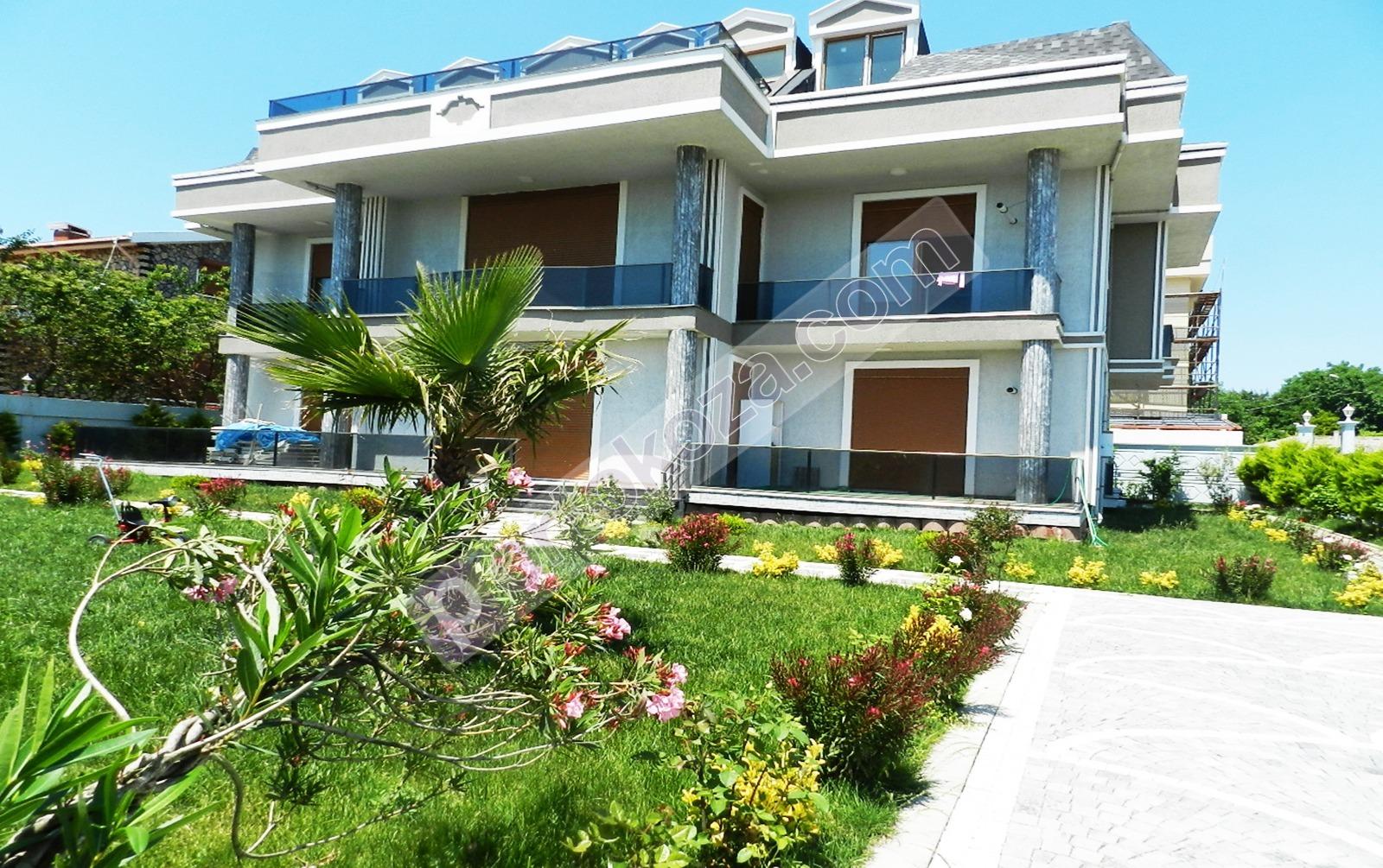 فيلا للبيع  غرف 17+6 في بيليك دوزو ، حي جوربينار