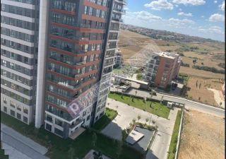 شقة للبيع  مقيم للجنسية التركية غرف 4+1 في باشاك شهير ، حي بهشا شهير