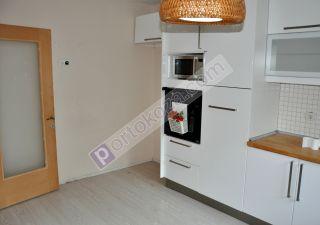 فيلا للبيع  مناسبة للعائلات غرف 5+2 في باشاك شهير ، حي بهشا شهير
