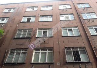 بناء كامل للبيع  مقيم للجنسية التركية في شيشلي ، حي مجيدية كوي