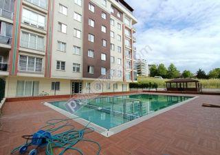 شقة للبيع  مناسبة للعائلات غرف 3+1 في بيوك جكمجة