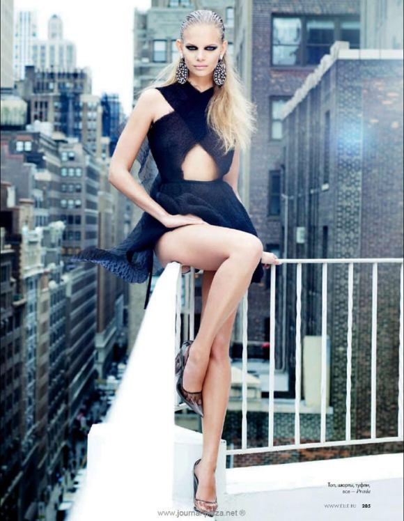 """Marloes Horst photographed by Erez Sabag in """"Крыша мира"""" for Elle Russia, February 2010 1"""