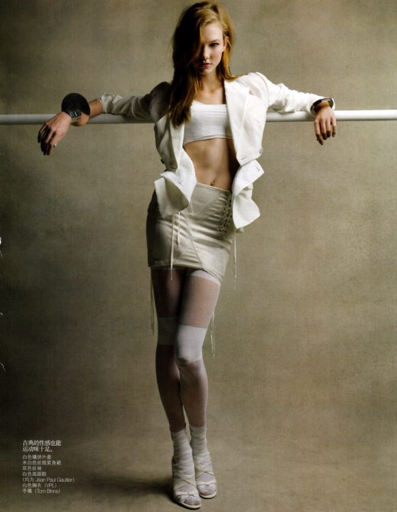 """Karlie Kloss photographed by Patrick Demarchelier in """"Perfect Sport"""" for Vogue China, February 2010 3"""