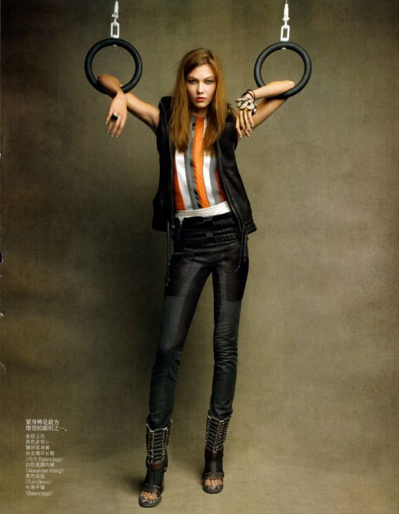 """Karlie Kloss photographed by Patrick Demarchelier in """"Perfect Sport"""" for Vogue China, February 2010 5"""