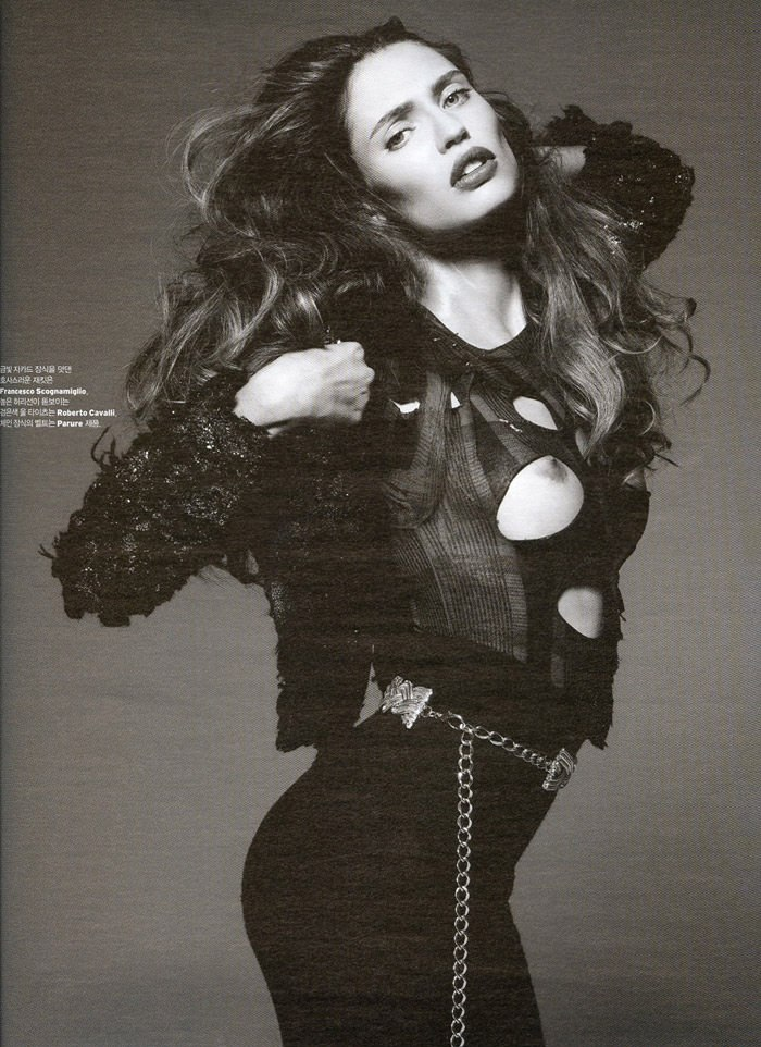 "Bianca Balti photographed by Gianluca Fontana in ""Xtreme!"" for W Korea, January 2010 2"