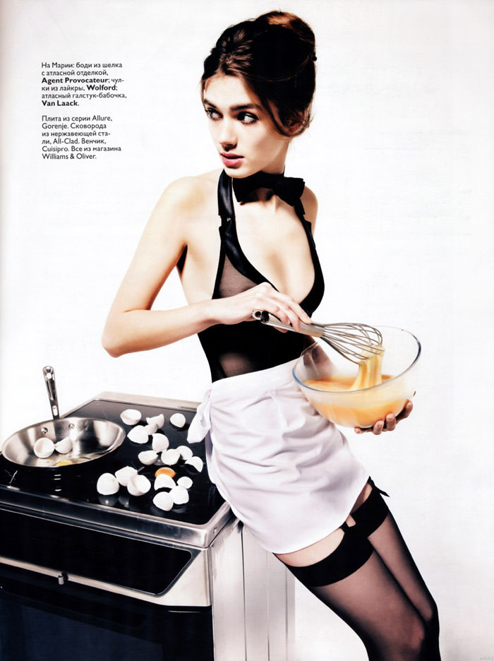 """Maria Timonina photographed by Danil Golovkin in """"We Prepare Surprises"""" for Vogue Russia, January 2010 2"""