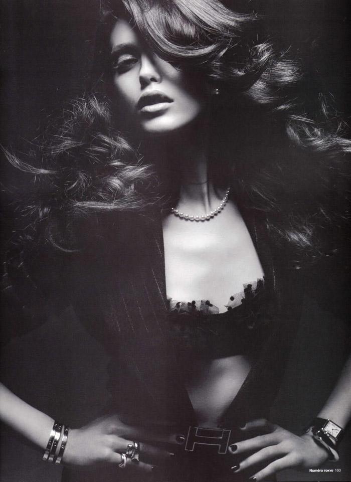 "Emily Didonato photographed by Satoshi Saikusa in ""Dazzling Noir"" for Numéro Tokyo, February 2010 2"
