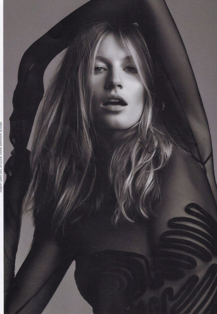 "Gisele Bündchen photographed by Nino Muñoz in ""Gisele - Girl Of Our Dreams"" for Dansk Magazine #22 6"