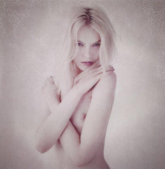 """Anastasija Kondratjeva photographed by Barnaby Roper in """"Star Child"""" for S Magazine #10 5"""