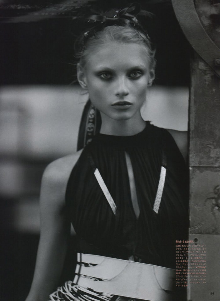 "Anna Selezneva photographed by Mark Segal in ""The Lonesome Highway"" for Vogue Nippon, March 2010 4"