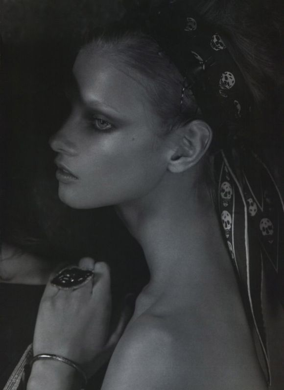 """Anna Selezneva photographed by Mark Segal in """"The Lonesome Highway"""" for Vogue Nippon, March 2010 7"""