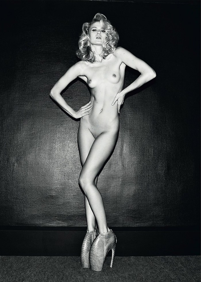 Michelle Buswell photographed by Olivier Zahm for Tank Magazine, Spring & Summer 2010 8