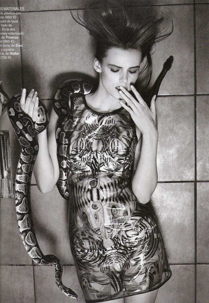 "Edita Vilkeviciute photographed by David Vasiljevic in ""Surf Urbano"" for Vogue España, April 2010 13"