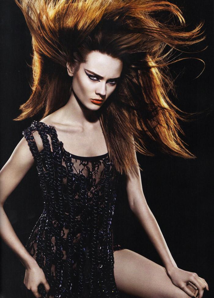 """Monika """"Jac"""" Jagaciak photographed by Miguel Reveriego in """"Et Je Te Veux Cruelle"""" for Numéro #111 11"""