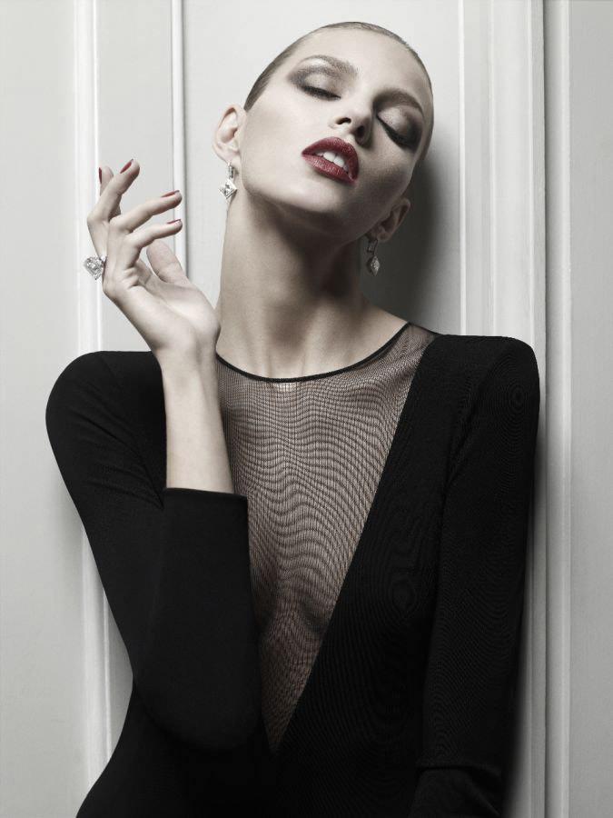 Anja Rubik photographed by Hedi Slimane for Vogue Paris, April 2010 4