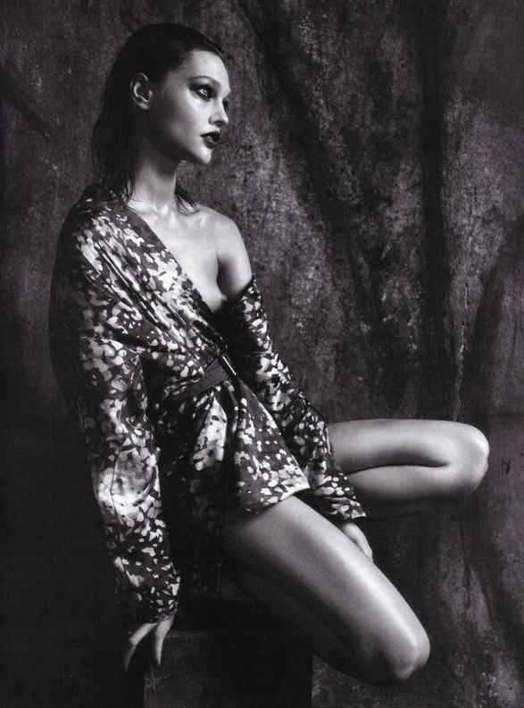 "Sasha Pivovarova photographed by Mario Sorrenti in ""Uniform: A Singular Mood"" for Vogue Italia, April 2010 2"