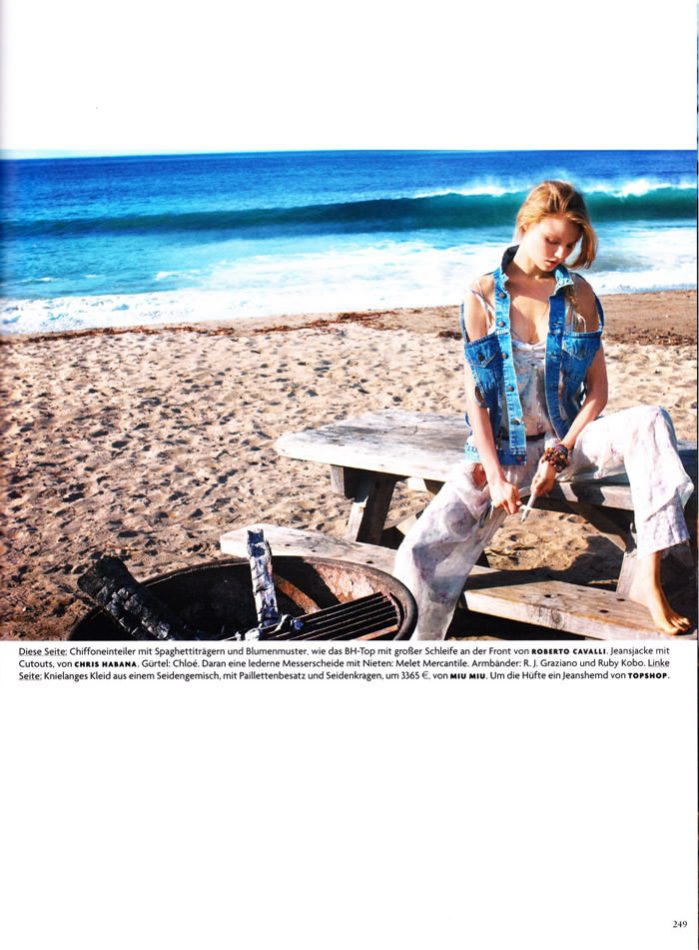"""Magdalena Frackowiak photographed by Horst Diekgerdes in """"Feel Free"""" for Vogue Germany, May 2010 10"""